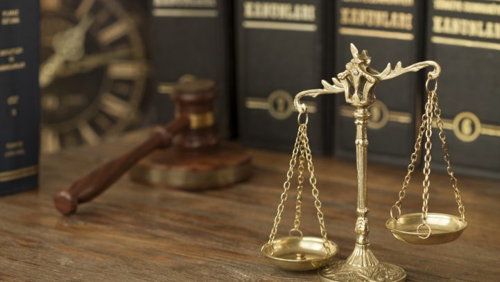 What's the difference between a misdemeanor and a felony?